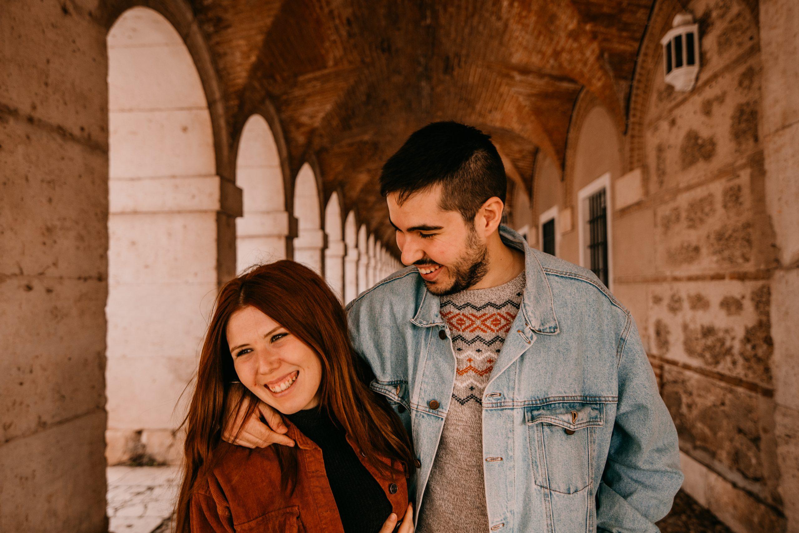 Fotografía de pareja en aranjuez